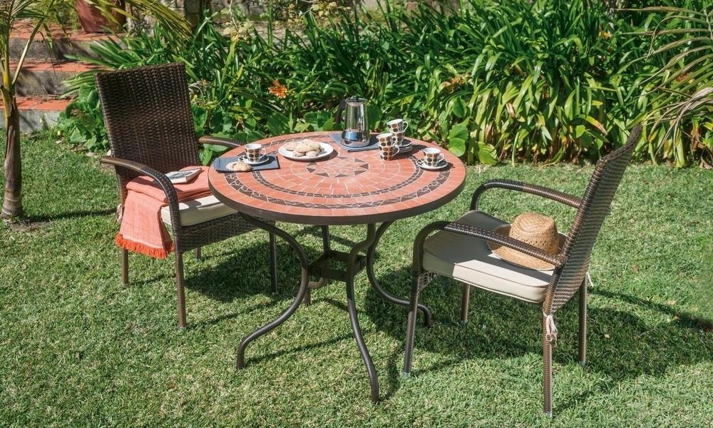 Mesa e cadeiras de jardim MEDANO para terraço