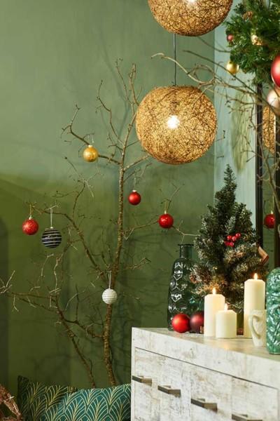 Recursos naturais na decoração de Natal Conforama