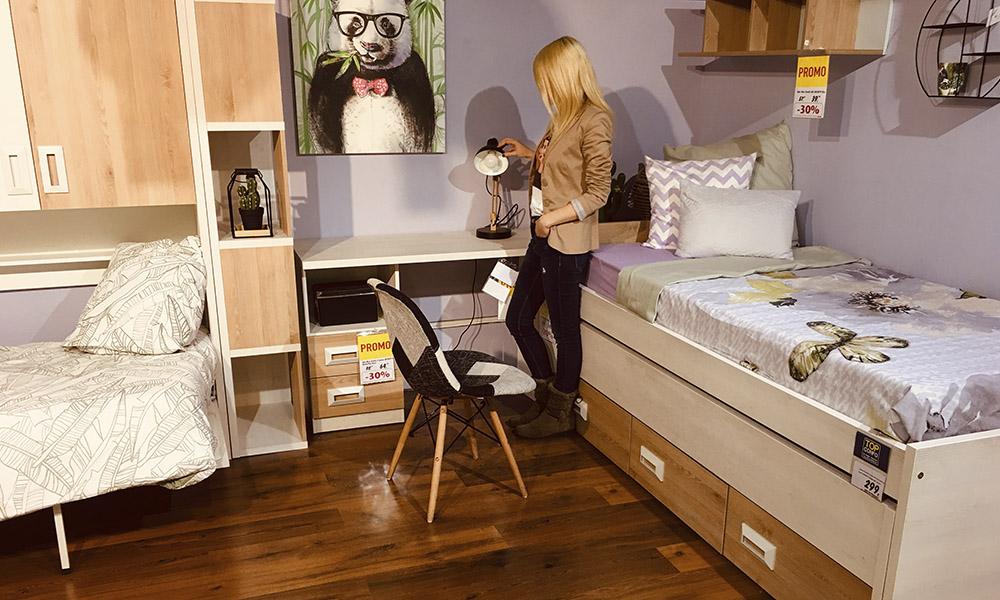 Dormitorio infantil INFINITY complementado con silla PATCHWORK y flexo TONGARIRO