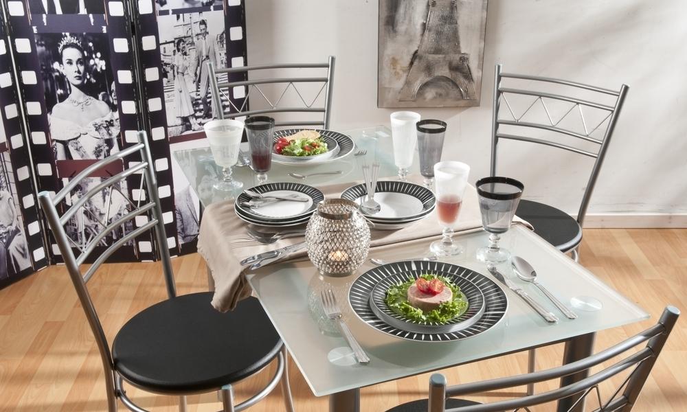 Conjunto mesa e 4 cadeiras de cozinha MILAN