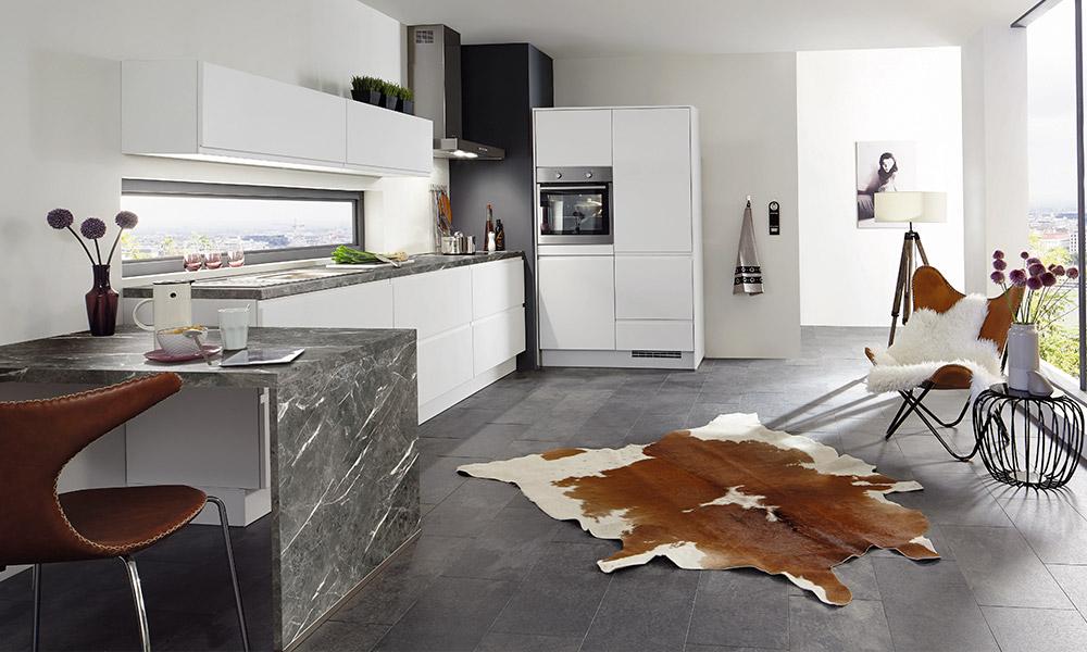 suelos para cocinas blancas