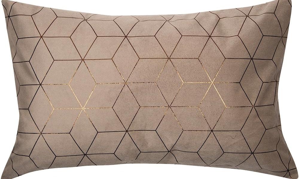 mejor cojin con líneas doradas sofa beige