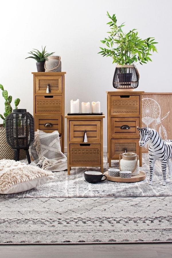 mobiliario auxiliar de madera zona aseo