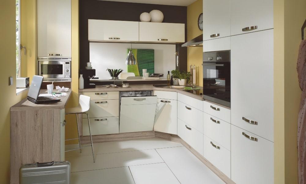aprovechar esquina cocina con armario rinconero