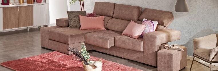 como colocar cojines en un sofa