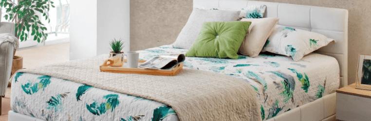 decorar cama con cojines