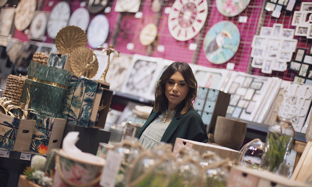 Descubre las últimas ofertas de El Mes Confo by Bárbara Crespo