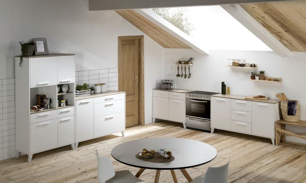 pintar mobiliario de madera cocina abuhardillada