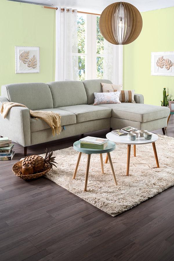 combinar sofás de distinto color