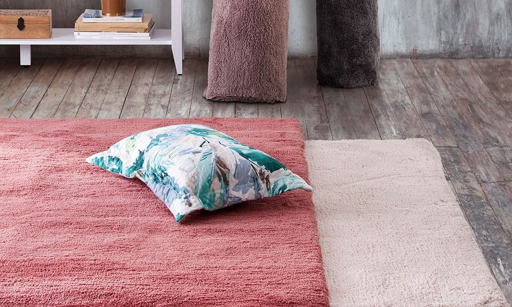 alfombra decorativa para modernizar suelo de terrazo